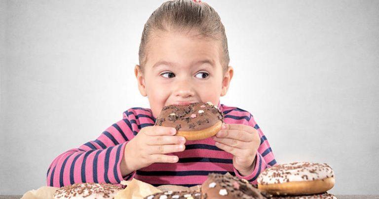 Binge eating in età evolutiva: alimentazione discontrollata